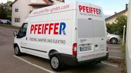 pixelclinic-Fahrzeugbeschriftung-Transporter-Transit-Pfeiffer-Weissach