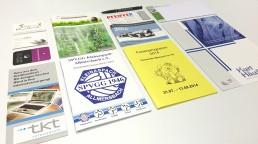 pixelclinic-Druck-Offset-Broschuere-Falytblatt-Prospekt-Mappe-Stempel-Kuli