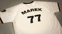 pixelclinic-Textildruck-Transferdruck-Shirt-Fussball-Trikot-Individuell-Aufdruck-Marek-Stadion