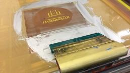 hagenmueller-innenausstattungen-schreinerei-firmenbuch-imagebuch-layout-druck-produktion-siebdruck-silber